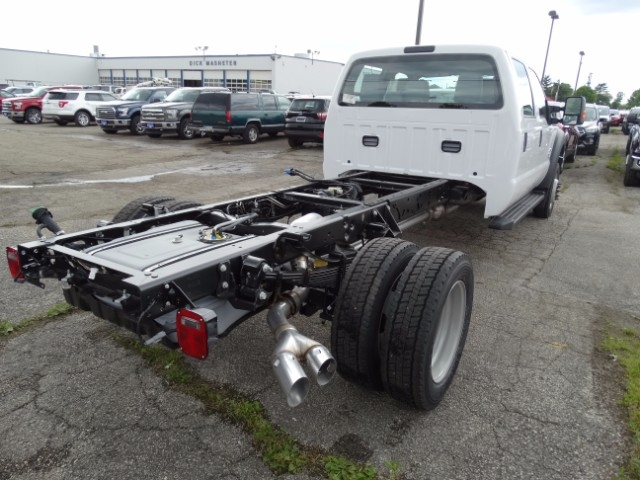 2016 F-550 Crew Cab DRW, Cab Chassis #21494 - photo 2
