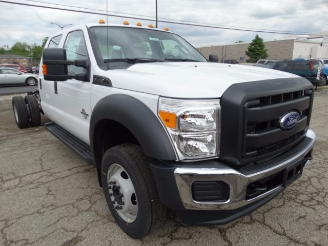 2016 F-550 Crew Cab DRW 4x4, Cab Chassis #21500 - photo 4