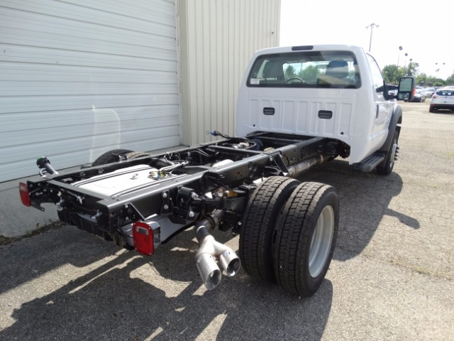 2016 F-550 Regular Cab DRW, Cab Chassis #21638 - photo 2