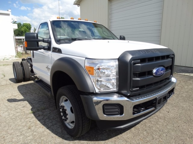 2016 F-550 Regular Cab DRW, Cab Chassis #21639 - photo 4