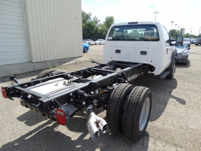 2016 F-550 Regular Cab DRW, Cab Chassis #21639 - photo 2