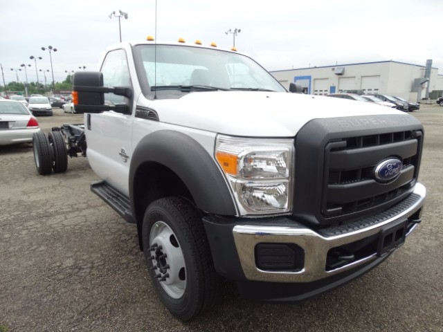 2016 F-550 Regular Cab DRW, Cab Chassis #21645 - photo 4