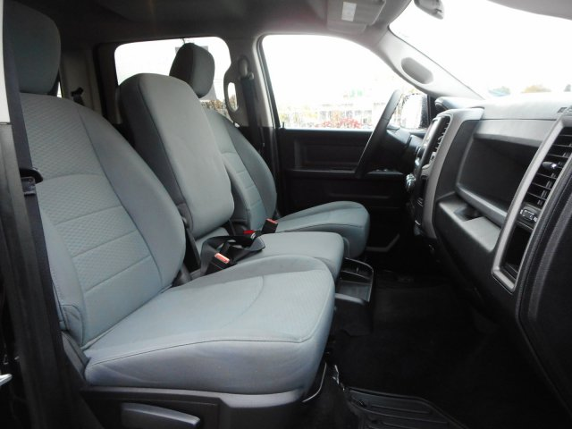 2016 Ram 1500 Crew Cab 4x4,  Pickup #21995Y - photo 29