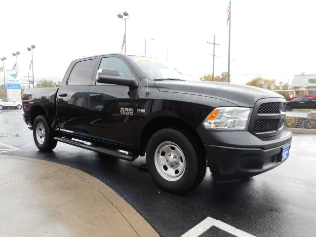 2016 Ram 1500 Crew Cab 4x4,  Pickup #21995Y - photo 4