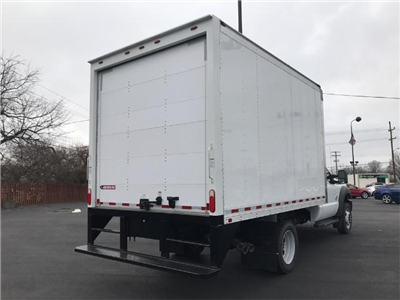 2016 F-450 Regular Cab DRW Dry Freight #22048 - photo 2