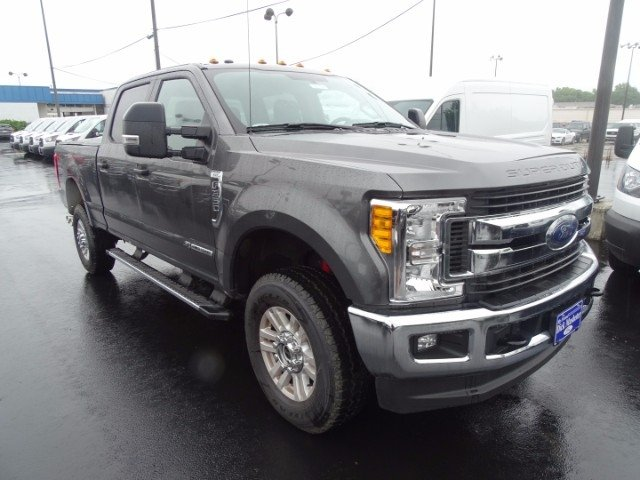 2017 F-350 Crew Cab 4x4, Pickup #22164 - photo 4