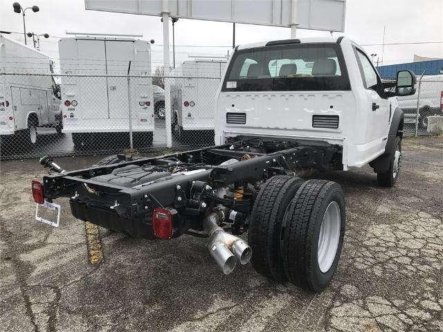 2017 F-550 Regular Cab DRW 4x4 Cab Chassis #22348 - photo 2