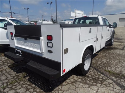 2017 F-550 Super Cab DRW, Reading Classic II Steel Service Body #22516 - photo 2