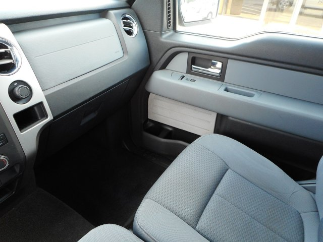 2013 F-150 SuperCrew Cab 4x2,  Pickup #23105A - photo 23