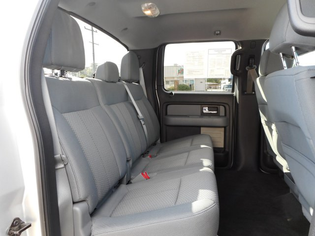 2013 F-150 SuperCrew Cab 4x2,  Pickup #23105A - photo 31