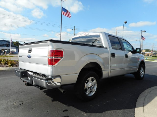 2013 F-150 SuperCrew Cab 4x2,  Pickup #23105A - photo 7