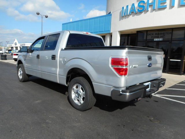 2013 F-150 SuperCrew Cab 4x2,  Pickup #23105A - photo 2