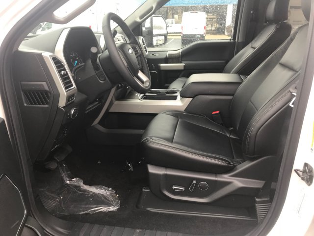 2018 F-350 Crew Cab DRW 4x4, Pickup #23128 - photo 6