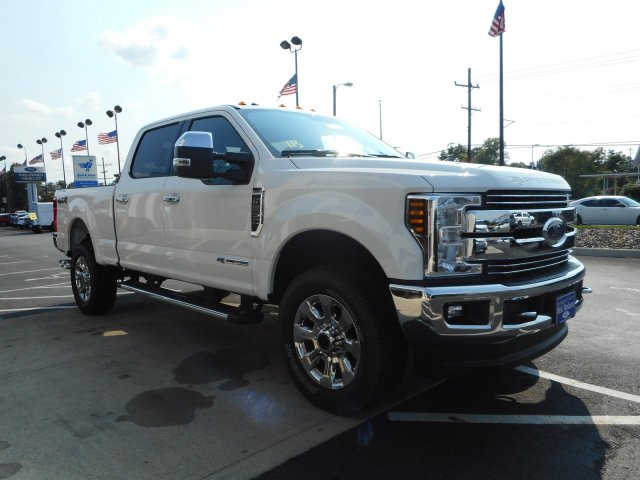 2018 F-250 Crew Cab 4x4, Pickup #23218 - photo 2