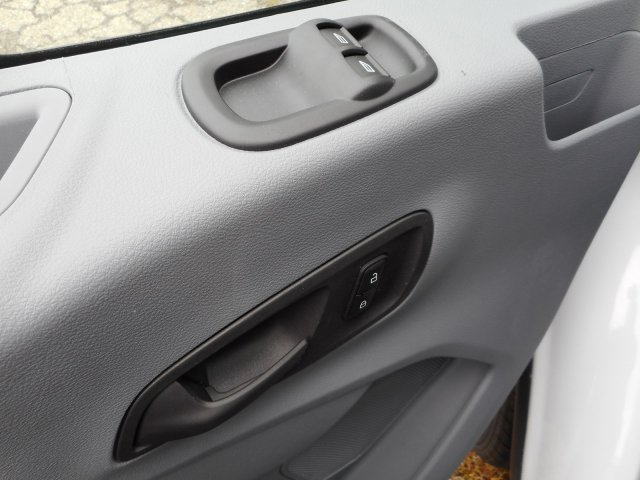 2018 Transit 350 HD DRW 4x2,  Unicell Cutaway Van #23582 - photo 24