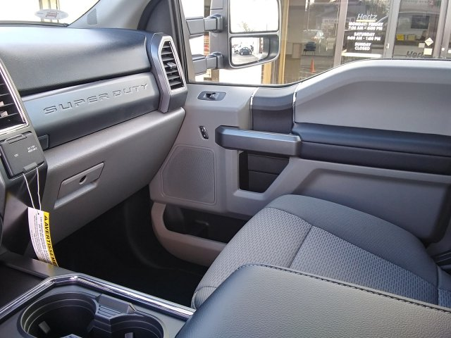2019 F-250 Crew Cab 4x4,  Pickup #23944 - photo 35