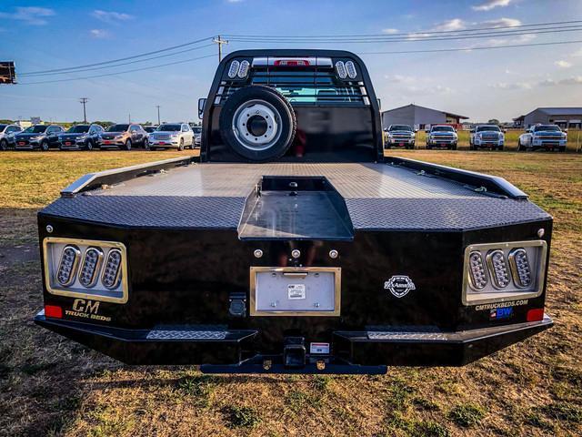 2019 Silverado 5500 Crew Cab DRW 4x4, CM Truck Beds ER Model Hauler Body #377351 - photo 9