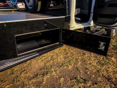 2019 Silverado 5500 Crew Cab DRW 4x4, CM Truck Beds ER Model Hauler Body #377351 - photo 13