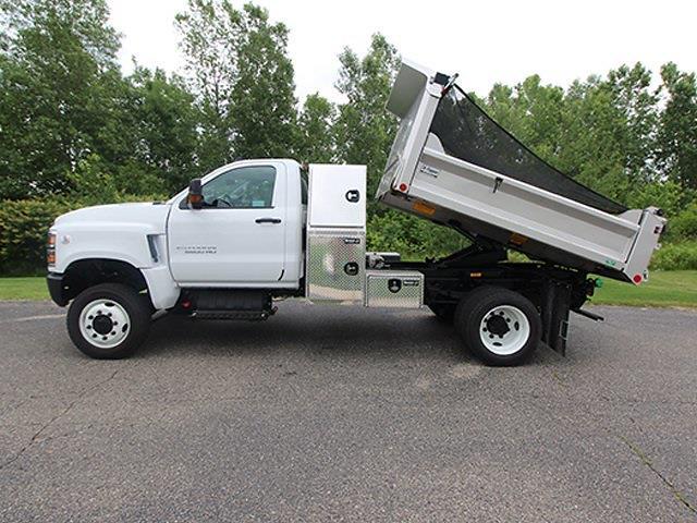 2021 Silverado 5500 Regular Cab DRW 4x4,  Reading Dump Body #SH211026 - photo 6