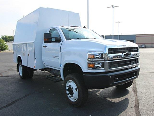 2021 Silverado 5500 Regular Cab DRW 4x4,  Reading Panel Service Body #SH211119 - photo 3