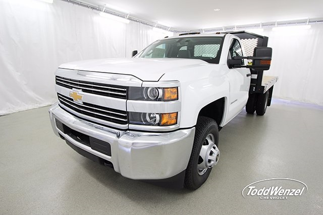 2017 Silverado 3500 Regular Cab 4x4, Platform Body #SH72269 - photo 5