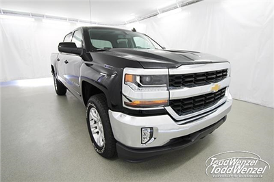 2018 Silverado 1500 Crew Cab 4x4, Pickup #SH80484 - photo 3