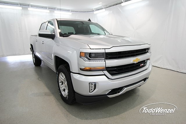 2018 Silverado 1500 Crew Cab 4x4, Pickup #SH81031 - photo 3