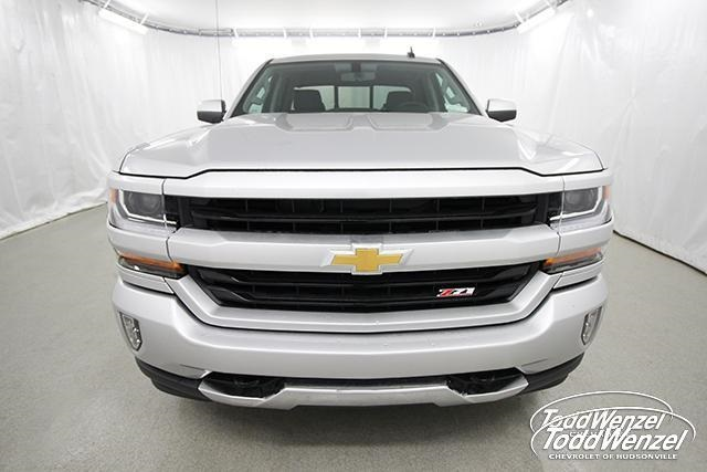 2018 Silverado 1500 Double Cab 4x4, Pickup #SH81072 - photo 4