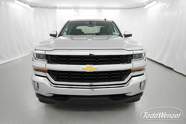 2018 Silverado 1500 Crew Cab 4x4,  Pickup #SH81858 - photo 4