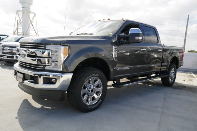 2018 F-250 Crew Cab 4x4,  Pickup #JEB04786 - photo 3