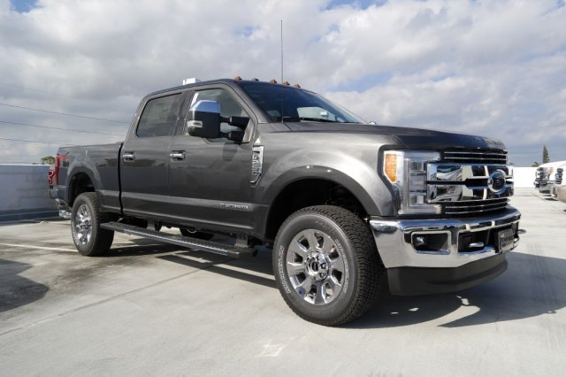2018 F-250 Crew Cab 4x4,  Pickup #JEB04786 - photo 8