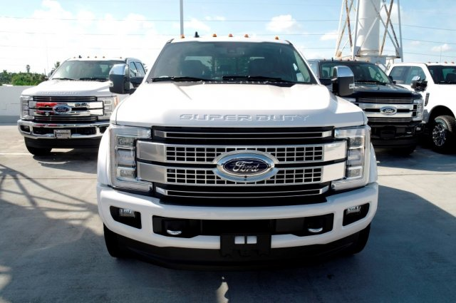 2019 F-450 Crew Cab DRW 4x4,  Pickup #KEC95344 - photo 3