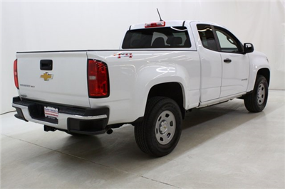 2018 Colorado Extended Cab 4x4, Pickup #89863 - photo 2