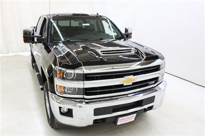 2018 Silverado 3500 Crew Cab 4x4, Pickup #89871 - photo 5