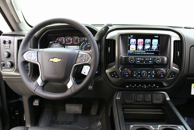 2018 Silverado 2500 Crew Cab 4x4,  Pickup #89897 - photo 15