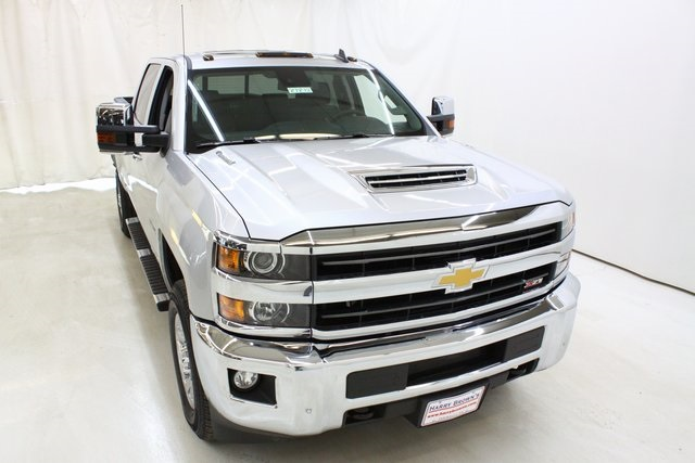 2018 Silverado 3500 Crew Cab 4x4,  Pickup #89898 - photo 5