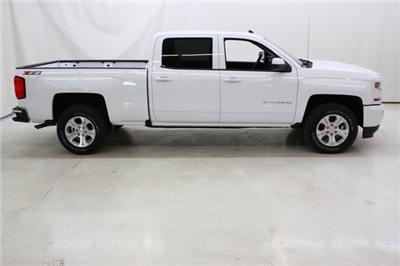 2018 Silverado 1500 Crew Cab 4x4 Pickup #89915 - photo 3