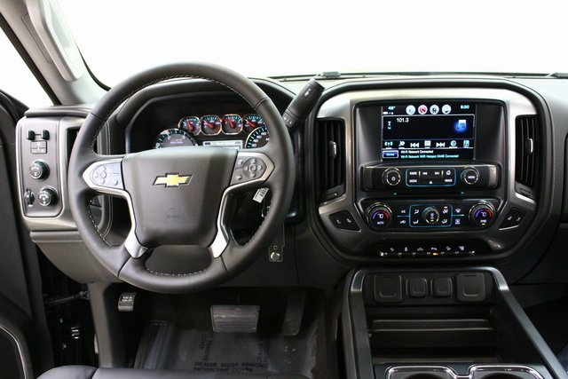 2018 Silverado 2500 Crew Cab 4x4, Pickup #89929 - photo 15