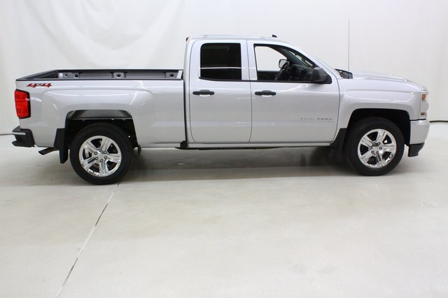 2018 Silverado 1500 Double Cab 4x4, Pickup #89932 - photo 3