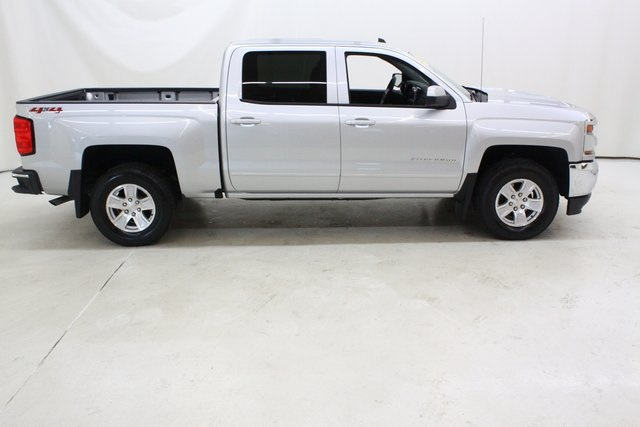 2018 Silverado 1500 Crew Cab 4x4, Pickup #89951 - photo 3