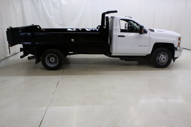 2018 Silverado 3500 Regular Cab DRW 4x4, Knapheide Dump Body #89977 - photo 3