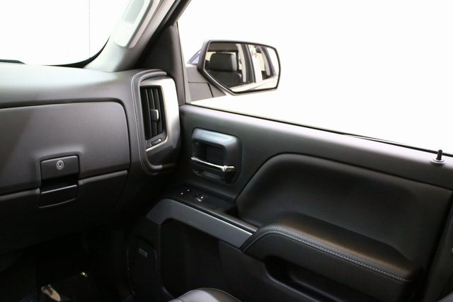 2018 Silverado 1500 Crew Cab 4x4,  Pickup #90007 - photo 17