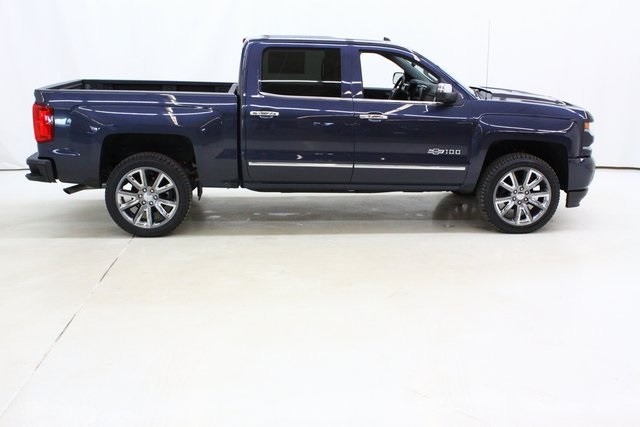 2018 Silverado 1500 Crew Cab 4x4,  Pickup #90007 - photo 3