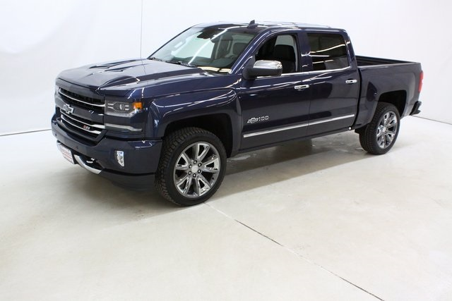 2018 Silverado 1500 Crew Cab 4x4,  Pickup #90007 - photo 8
