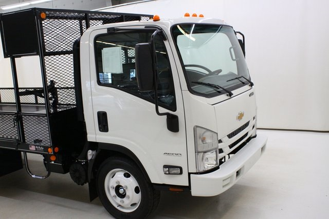 2018 LCF 4500 Regular Cab 4x2,  Wil-Ro Dovetail Landscape #94112 - photo 5