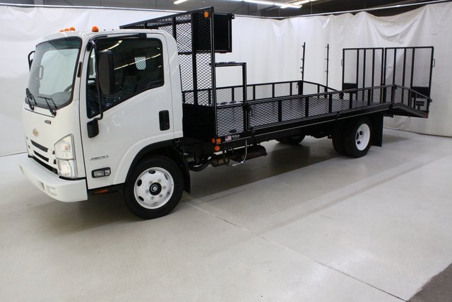 2018 LCF 4500 Regular Cab 4x2,  Wil-Ro Dovetail Landscape #94112 - photo 9