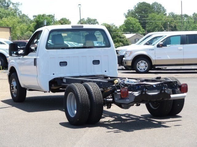 2016 F-350 Regular Cab DRW, Cab Chassis #16F1140 - photo 2