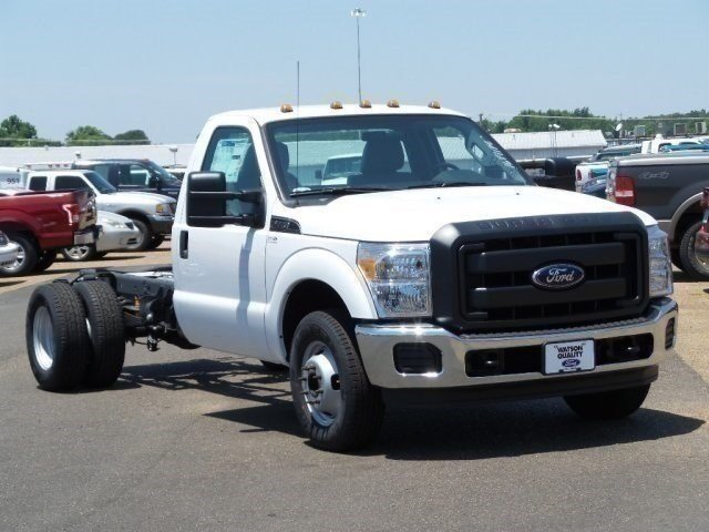2016 F-350 Regular Cab DRW, Cab Chassis #16F1140 - photo 6