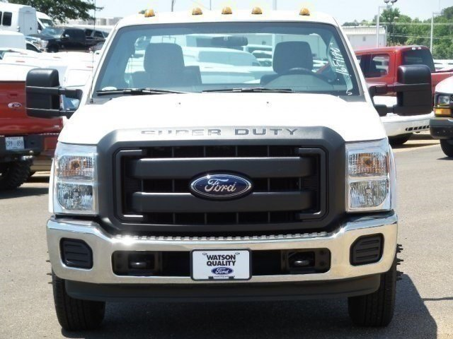 2016 F-350 Regular Cab DRW, Cab Chassis #16F1140 - photo 7