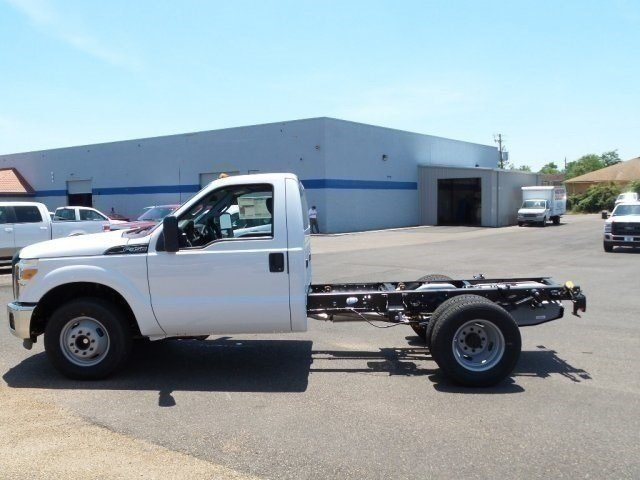 2016 F-350 Regular Cab DRW, Cab Chassis #16F1840 - photo 3